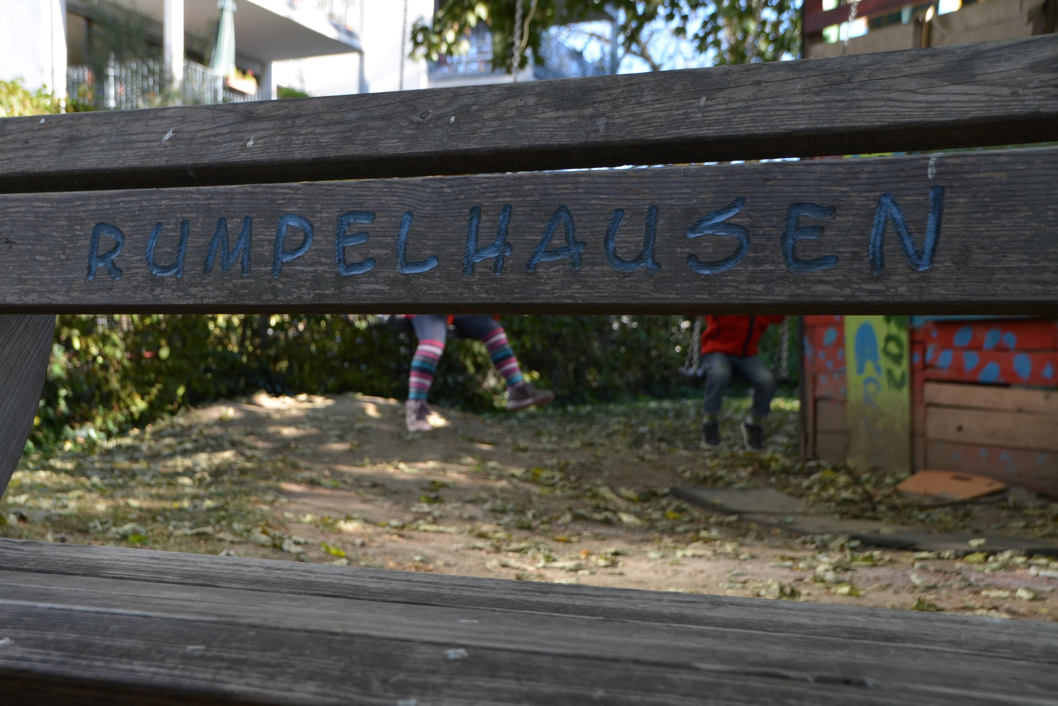 rumpelhausen_schaukelbeine